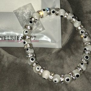 Jewelry - Eyes on you bracelet